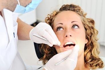 Complete & Partial Dentures in Ottawa, ON